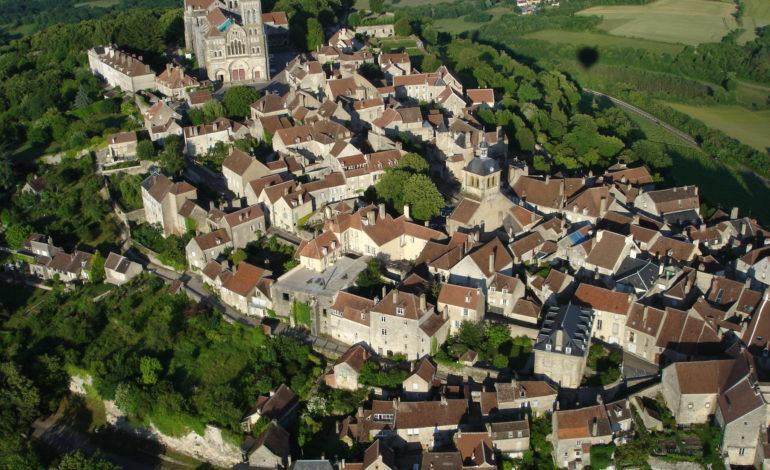 Vézelay, vue aerienne