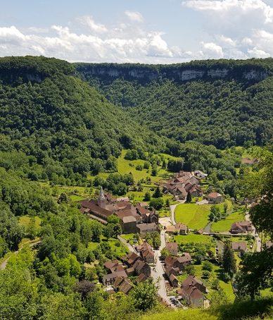 Château Chalon et Baume les Messieurs «Plus beaux villages de France du Jura»