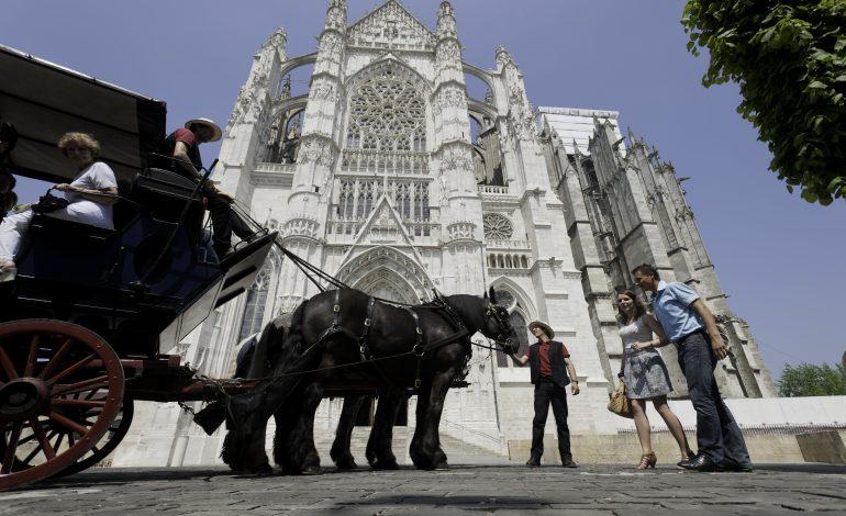 Tour de ville en calèche - Beauvais